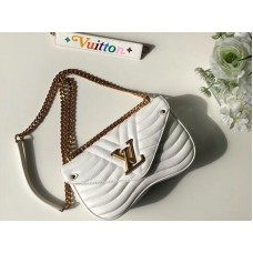 Louis Vuitton New Wave Leather Chain Bag Mm m51945